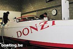 Team 26 Donzi