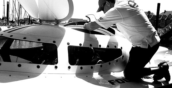 2B1 Racing Team met 33 Furnibo
