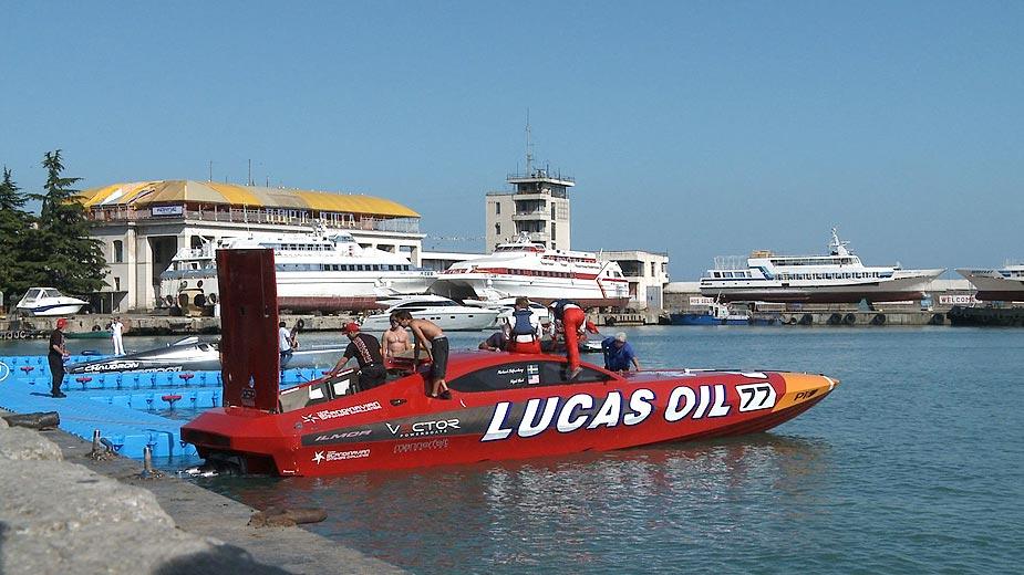 Lucas Oil in Yalta